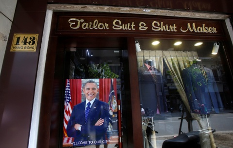 Tong thong Obama roi Washington, len duong toi Viet Nam hinh anh 9