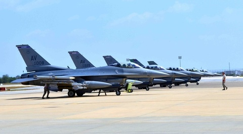 can cu incirlik hinh anh
