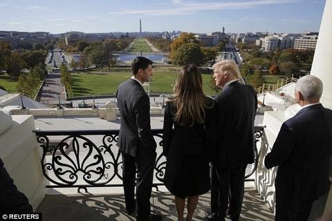 Ngay ban ron dau tien cua phu nhan Trump o Washington hinh anh 5