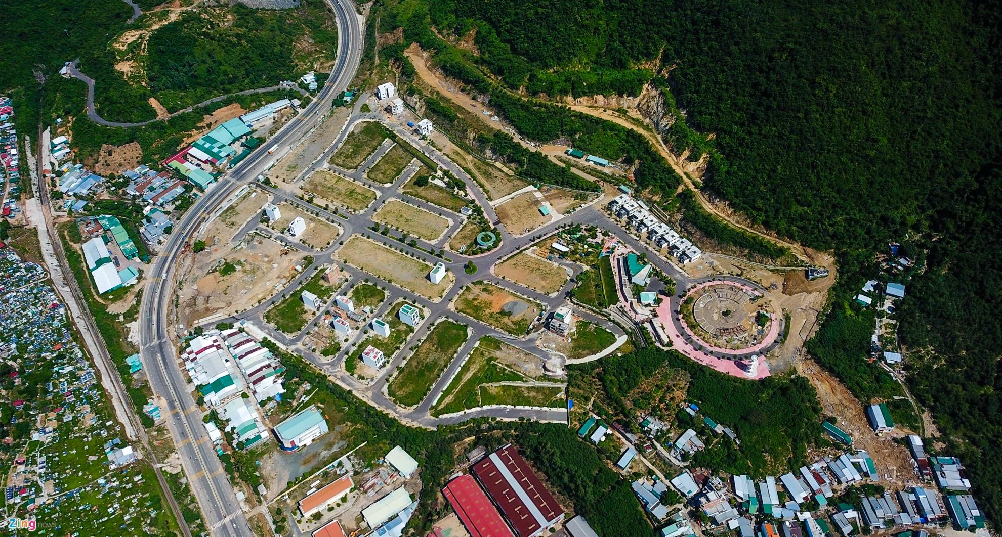 Resort, biet thu 5 sao xe nui 'treo tren dau dan' o Nha Trang hinh anh 4