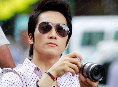 Song Seung Hun 'me tit' xich lo Sai Gon hinh anh
