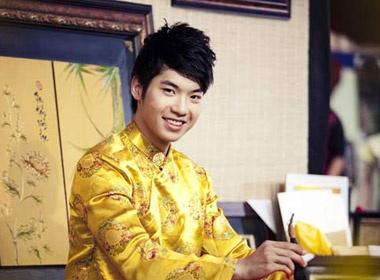 Nam Thanh:'Nhieu phu nu lon tuoi hap dan' hinh anh