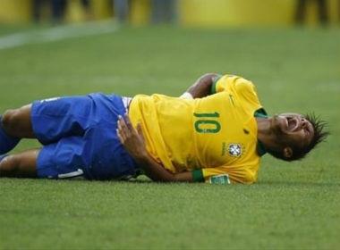 Neymar an va tho thien trong tran gap Uruguay hinh anh