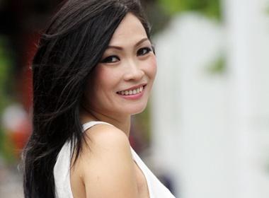 Phuong Thanh vach tran 'ho den' showbiz Viet hinh anh