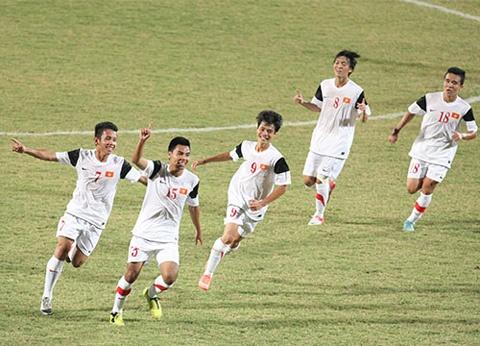 Lan thu ba thang Lao, U19 Viet Nam vao chung ket hinh anh