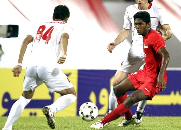 U23 Singapore thang 6 sao truoc doi bong bo SEA Games hinh anh