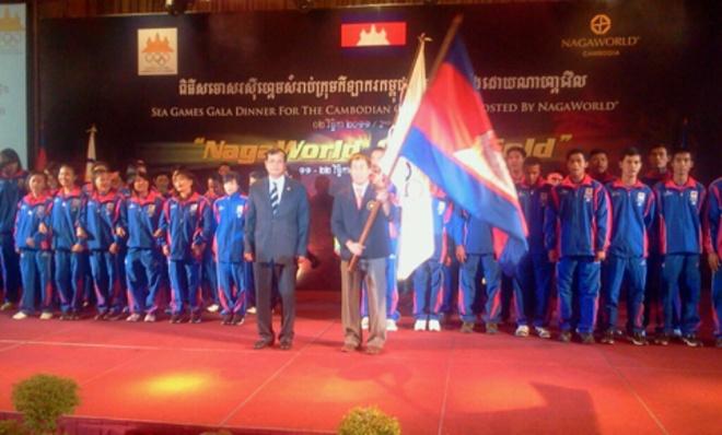 Campuchia treo thuong HCV SEA Games gap 10 lan Viet Nam hinh anh