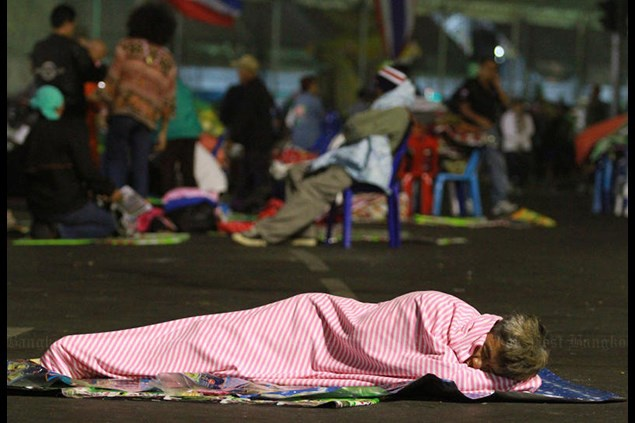 Thoi tiet lanh bat thuong o Thai Lan, 63 nguoi thiet mang hinh anh