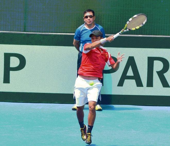 Davis Cup: Minh Quan bai tran, Viet Nam rot hang hinh anh
