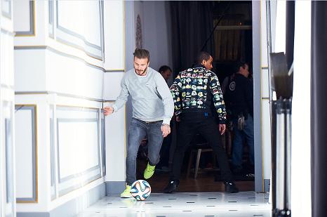 Beckham, Zidane phoi hop tranh tai cung Bale, Lucas Moura hinh anh