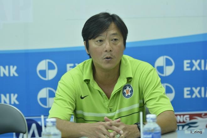 Với việc Thanh Hóa hòa SLNA 0-0, Lê Huỳnh Đức thừa nhận cơ hội để SHB.Đà Nẵng đoạt HCĐ là vẫn còn.