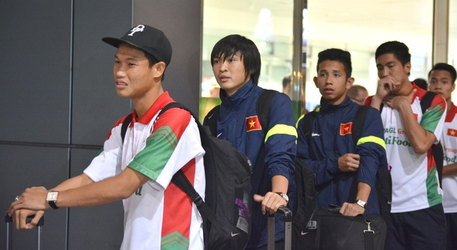 U19 Viet Nam buon ba khi tro ve nuoc hinh anh