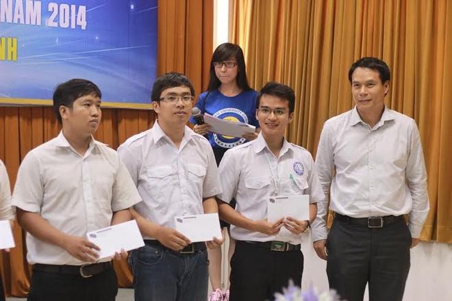 Trao hoc bong giai the thao sinh vien Viet Nam 2014 hinh anh