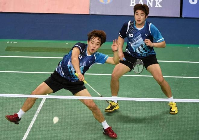 Tuyển cầu lông nam Hàn Quốc đã có 15 ngày làm quen tại nhà thi đấu trước khi đánh bại Trung Quốc 3-2.