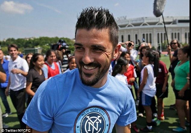 He lo muc luong dac biet cua David Villa hinh anh 1 Một cầu thủ từng vô địch World Cup, EURO, Champions League như David Villa sẽ nhận được mức đãi ngộ rất cao từ một đội bóng có hậu thuẫn tài chính mạnh mẽ như New York City.
