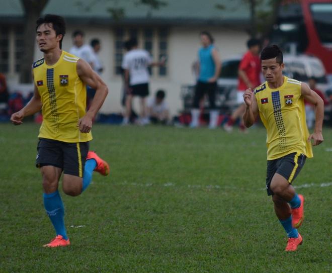 Khampheng và Vongchiengkham là 2 cầu thủ tấn công nguy hiểm nhất của đội Lào.