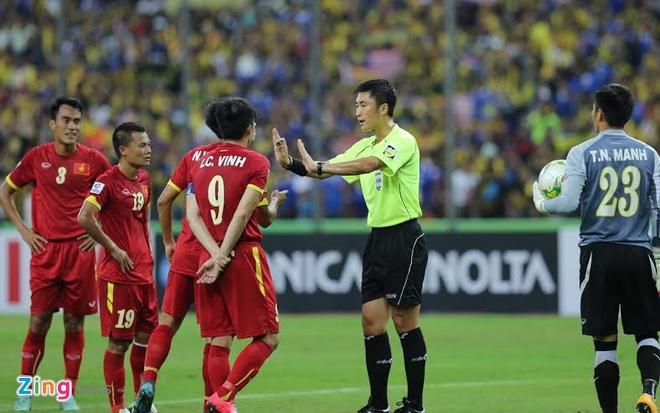 Trong tai Trung Quoc dieu khien tran U23 Viet Nam - Jordan hinh anh 1