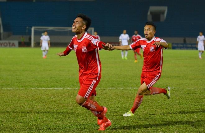 Ngô Đức Thắng ghi bàn giúp Đồng Nai có được chiến thắng đầu tiên tại V.League.