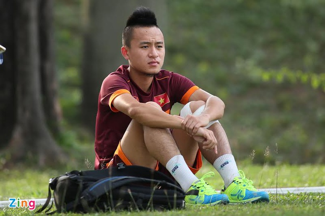Huy Toan chia tay U23 Viet Nam vi chan thuong cot song hinh anh 1