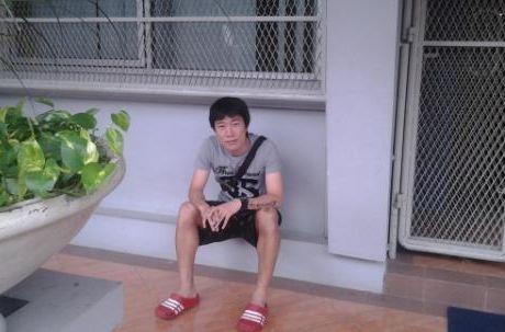 Cau thu Han keu cuu Tong thong Indonesia vi bi no luong hinh anh