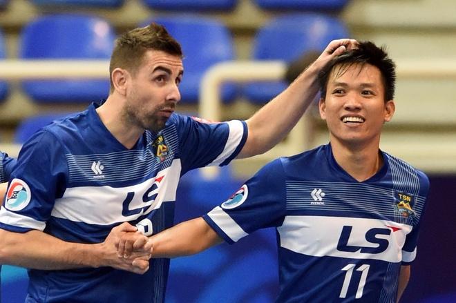 Thai Son Nam thang CLB futsal Trung Quoc 5-1 hinh anh