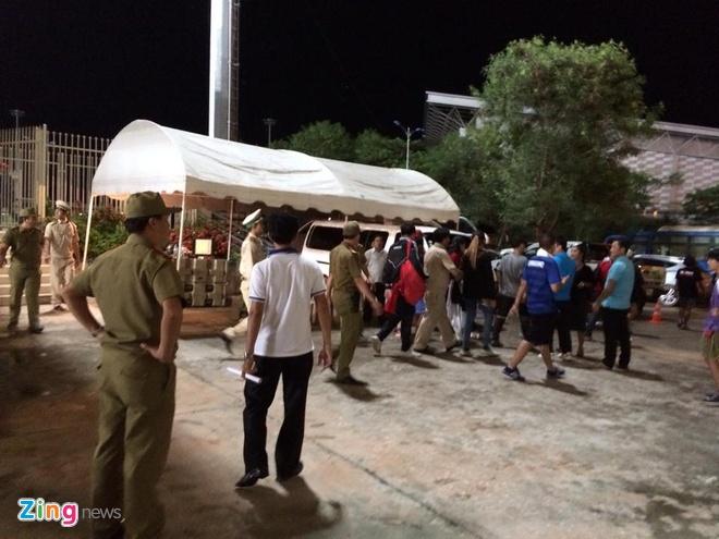 CDV Thai Lan dot phao sang, xo xat an ninh tran gap U19 VN hinh anh 6