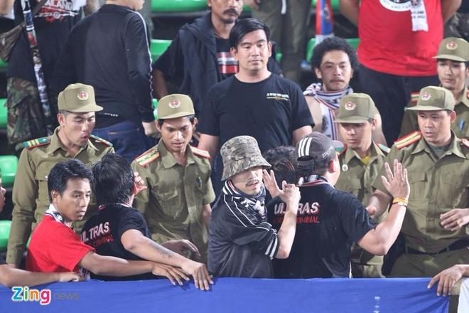 CDV Thai Lan dot phao sang, xo xat an ninh tran gap U19 VN hinh anh 7