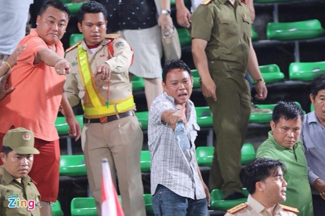 CDV Thai Lan dot phao sang, xo xat an ninh tran gap U19 VN hinh anh 4