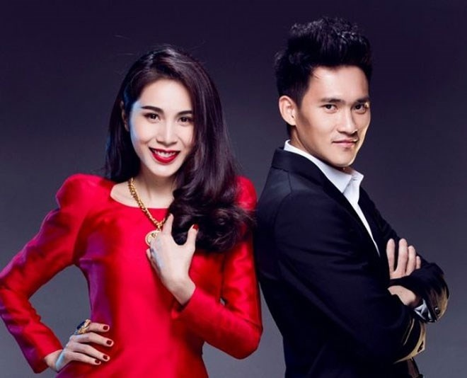 Thuy Tien, DJ Yen Vy lam nong chung ket Cup Quoc gia hinh anh