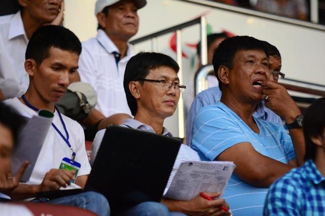 Tro ly HLV Miura tuyen quan cho U23 Viet Nam hinh anh