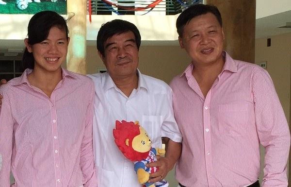 Nhan thuong TV, Anh Vien tri an nhung nguoi mang on hinh anh