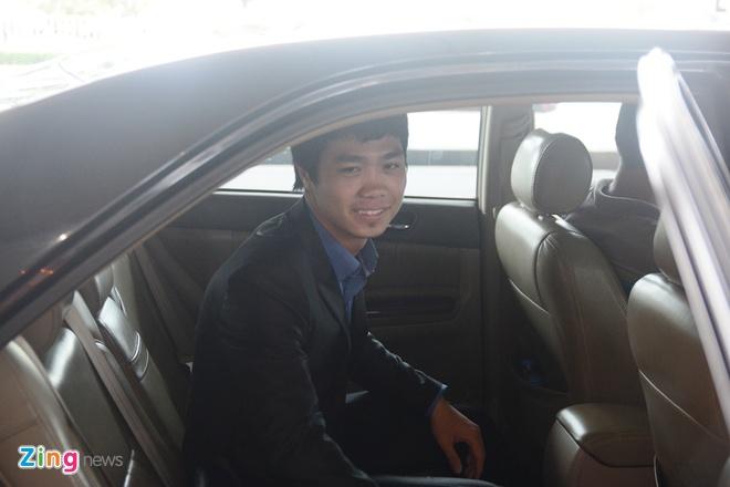 Cong Phuong se ky hop dong tai TP HCM hinh anh 1
