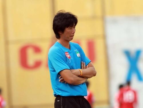 Cuu danh thu Thai Lan tro lai V.League lam viec hinh anh
