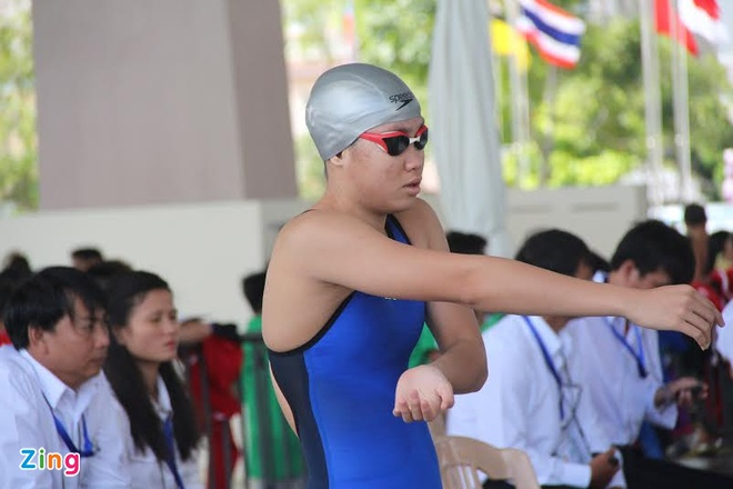Phuong Tram tiep tuc pha ky luc nhom tuoi Dong Nam A hinh anh 1 Phương Trâm đoạt 6 HCV chỉ sau 2 ngày thi đấu ở giải bơi các nhóm tuổi ĐNA 2015.