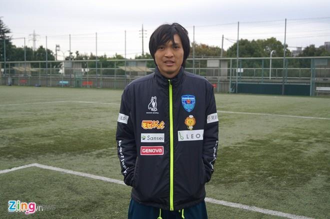 Tuan Anh ky hop dong voi Yokohama ngay 11/12 hinh anh 1