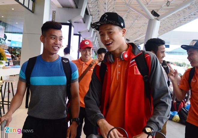 VFF bo tri 3 xe don U23 Viet Nam ve Binh Duong hoi quan hinh anh 7