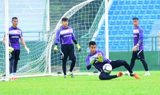 U23 Viet Nam chia tay thu mon Thanh Tuan hinh anh