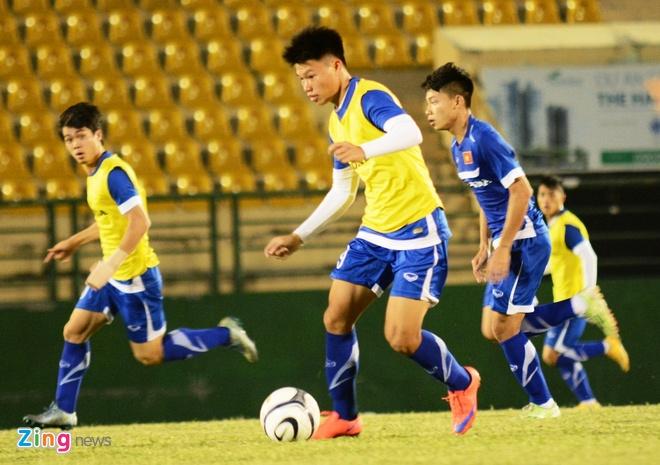HLV Miura ket hop Cong Phuong va vua pha luoi giai U21 hinh anh 1