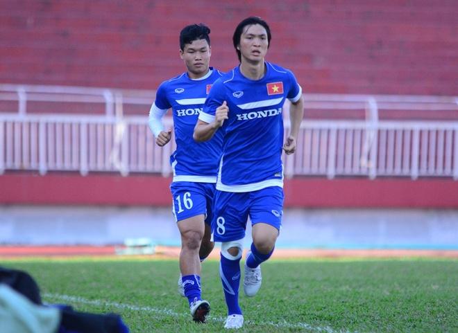 U23 Viet Nam mang 5 'thuong binh' len TP HCM hinh anh