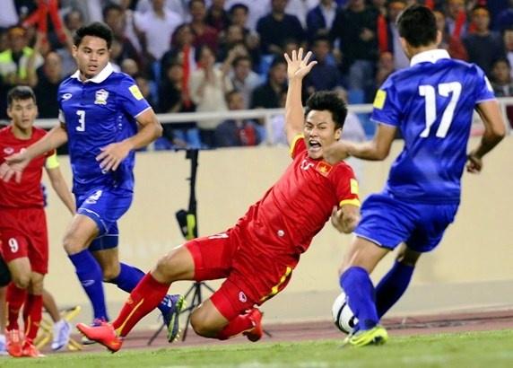 Viet Nam kem Thai Lan 25 bac tren bang xep hang FIFA hinh anh