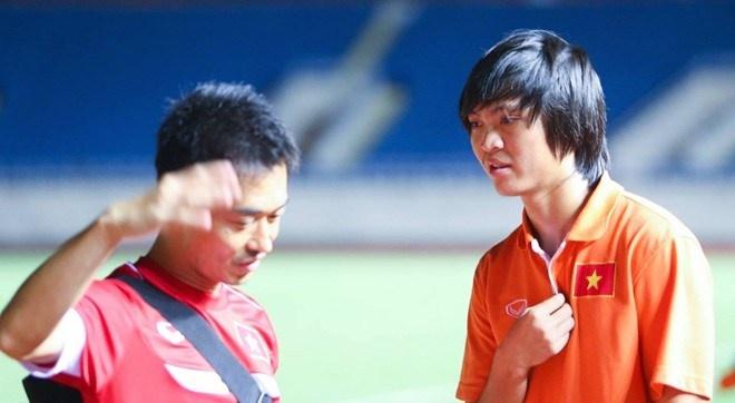 HLV Miura gach ten Tuan Anh trong danh sach gui len AFC hinh anh