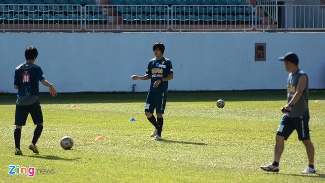 Tuan Anh chua hai long voi phong do tai Yokohama FC hinh anh 1
