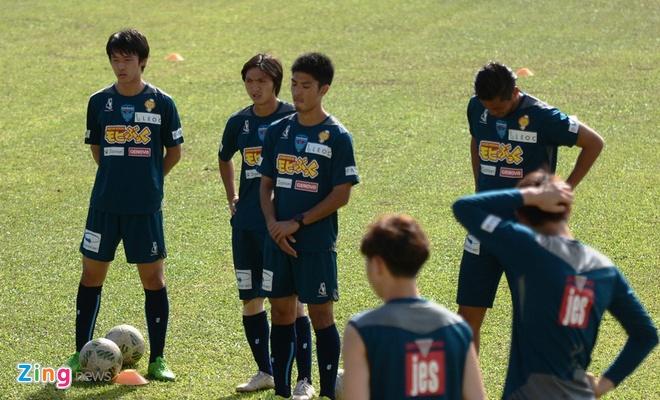 Tuan Anh chua hai long voi phong do tai Yokohama FC hinh anh 2