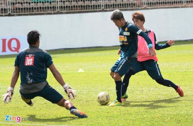 Tuan Anh chua hai long voi phong do tai Yokohama FC hinh anh 5