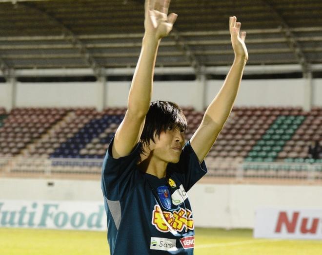 'Tuan Anh phai no luc thich nghi moi tru duoc o Yokohama FC' hinh anh