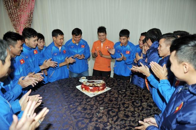 Tuyen futsal Viet Nam thang Trung Quoc 4-1 hinh anh 2