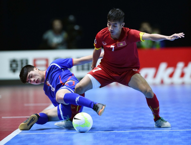 Futsal Viet Nam muon thang Tajikistan, om mong du World Cup hinh anh