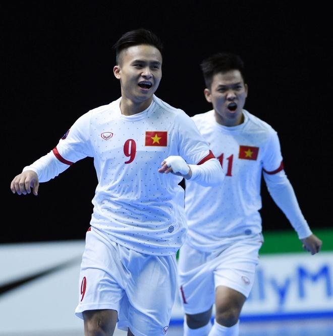 Thang 8-1, futsal Viet Nam vuot Thai Lan de dung dau bang hinh anh 2