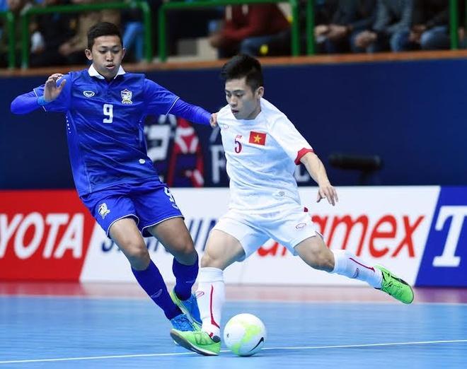 Tuyen futsal Viet Nam nhan thuong 200 trieu tu VFF hinh anh
