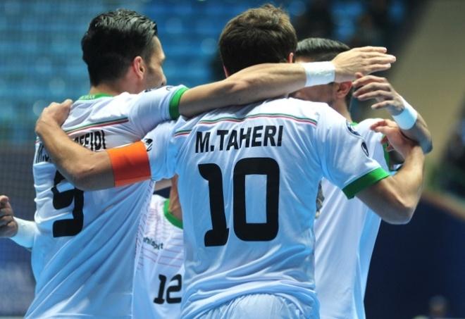 HLV Bruno: 'Futsal VN muon tao dia chan truoc Iran' hinh anh 2